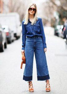 pantacourt cintura alta em look total jeans